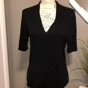 3/$15 item 💕Deep V-neck plunge black top Size M